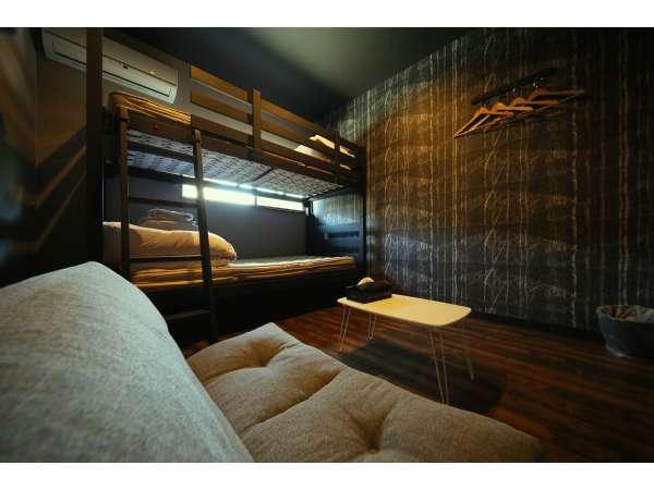 トリプルルーム(2段ベッド)