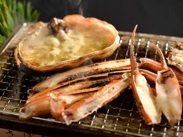 焼きガニ、ゆでガニはもちろん、カニ刺し、カニ天、カニしゃぶも!◆ 蟹フルコース会席プラン