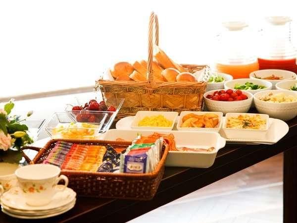 和洋朝食バイキング付ツインルームプラン