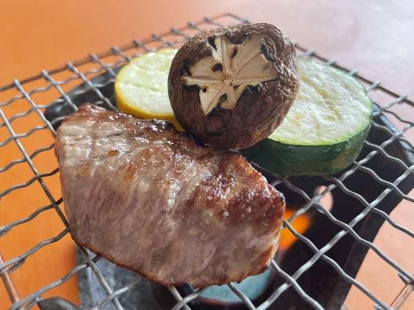 平戸牛、平戸椎茸は網焼きで焼くのがオススメです。