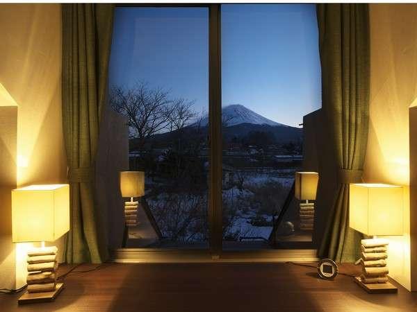 スーペリアツイン406特別室からの富士山