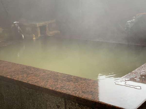八ヶ岳の豊な源泉~とても温まるにごり湯です
