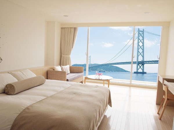 【50歳以上限定】明石海峡大橋と淡路島を臨む/絶景に癒されて/贅沢なひとときを/朝食付き