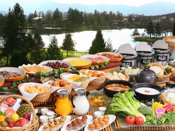 【朝食付】最上階レストランで景色を眺めながら【朝バイキング】♪ 1泊朝食付プラン