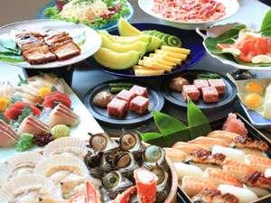 70種類のバイキング・海鮮網焼きや溶岩焼き、揚げたて天ぷらが大人気