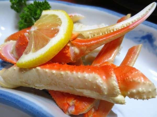 切りカニや煮魚or焼魚、茶わん蒸しも付いててお得です!