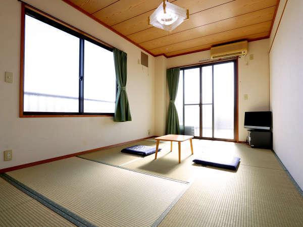 【7.5畳和室】 広々としたお部屋でごゆっくりおくつろぎください
