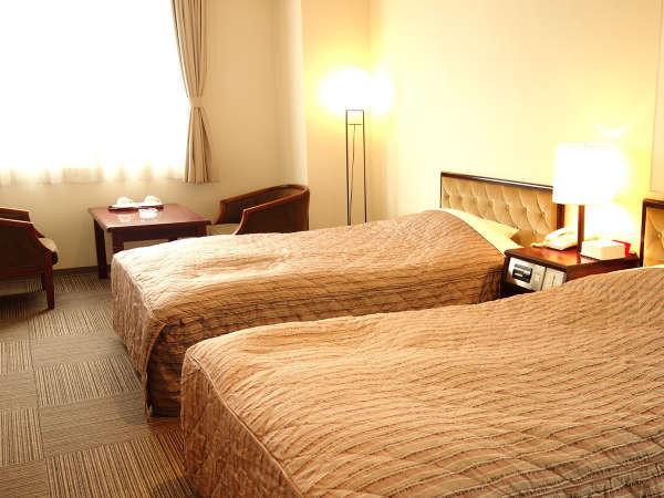 ☆スタンダードツイン25平米の快適な客室と広めのお風呂!ご家族でのご旅行に!