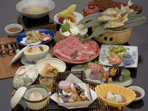 「魚も食べたいけどお肉もほしい!」山の幸・海の幸両方をふんだんに盛り込んだ人気会席。【夕食お部屋】