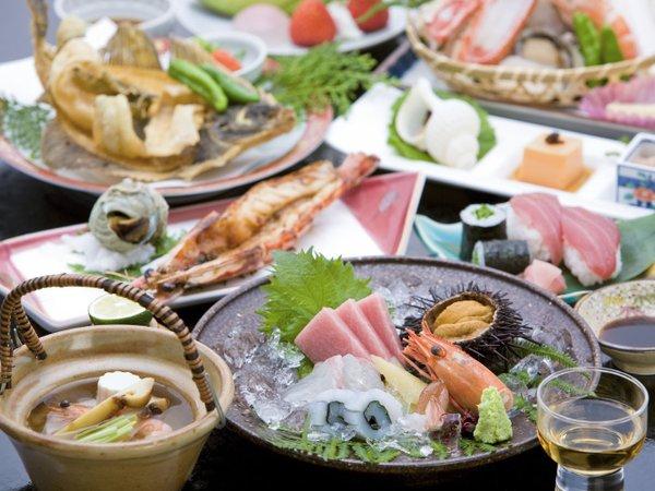 【夜はやっぱりお魚♪】海の幸が満載  「海遊会席」 【夕食はお部屋で】