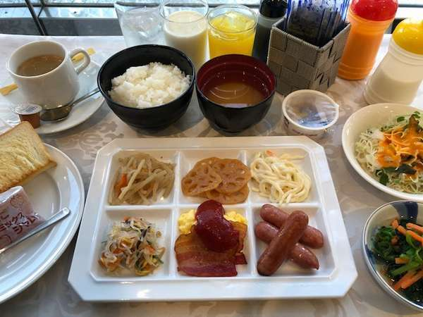 【朝食付き】18平米広々ツインルーム