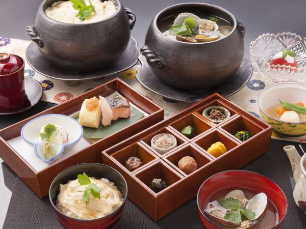 【20名様限定】【カップル】本格的な京懐石を朝食で。土鍋で味わう京・美山のゆば粥膳