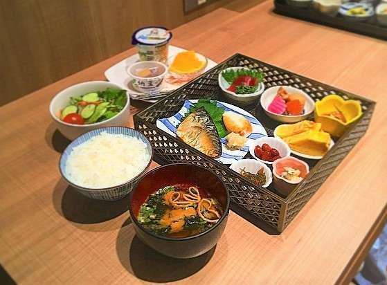 朝食は和食膳!(状況により変更もございます。)