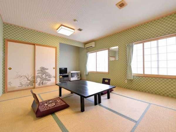 *和室8~10畳(客室一例)/グループやファミリーにおすすめ!純和風のお部屋で寛ぎのひと時を。
