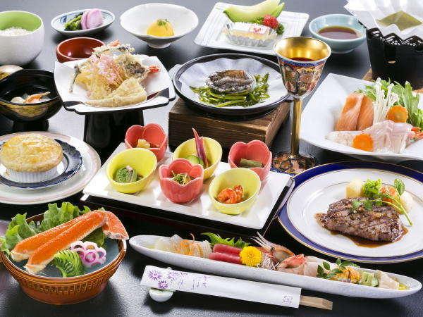 【夕お部屋食】豪華!山海の幸の旨味を最大限に活かしたグレードアップ料理「華友膳プラン」