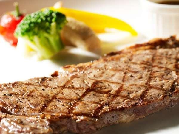 Nタワー【カフェレストラン24のステーキ付き】真夜中のステーキを召しあがれ!13時チェックアウト♪