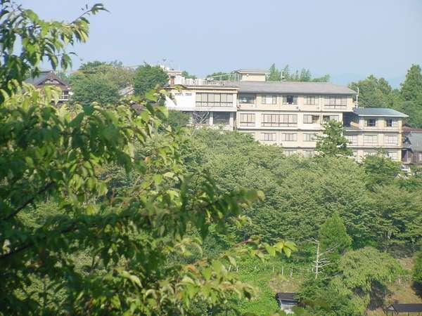景勝の宿・芳雲館の外観