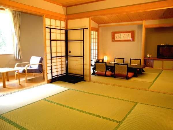 【寛ぎの間・和室二間タイプ】最上階2間客室は贅を尽くした朝陽リゾートホテル一押しの客室です