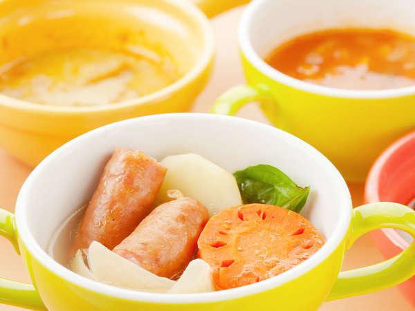 【ル・マッターホルン】朝食/ソーセージの美味しさが際立つ野菜ポトフなど世界のスープが集合!