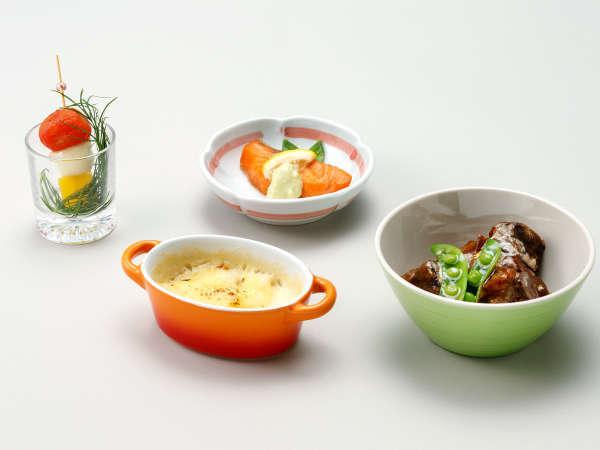 【ル・マッターホルン】<スイス料理>サーモンのムニエル・アボガドソース、ビーフシチューなど