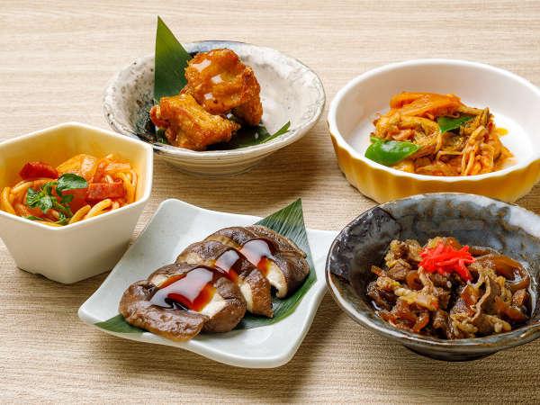 【KURODAKE】<山男は「肉&キノコ」が大好き!>ジャンボ椎茸のステーキ、牛皿、豚キムチ炒めなど