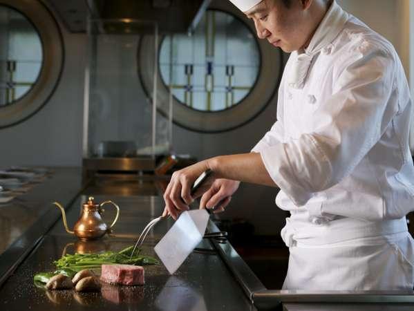 【鉄板焼ディナー】特選黒毛和牛、瀬戸内産鮮魚など全7品 フルコースディナー付きプラン