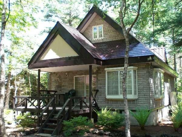 貸別荘 森の家の外観