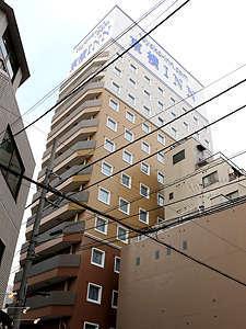 東横イン新宿御苑前駅3番出口