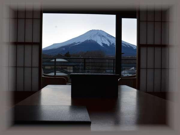 2.3階富士山側デラックス和室10畳(5名定員)