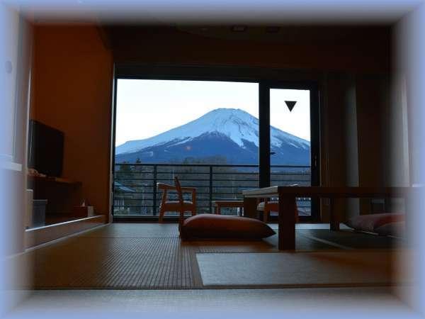 3階富士山側和室10畳(4名定員)