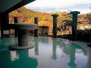 北海道の紅葉スポット近くの温泉宿・紅葉露天のある宿 第一滝本館
