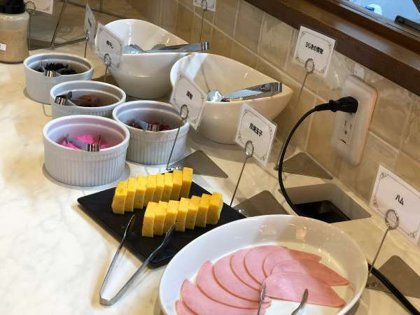 【朝食付】ご当地メニューを取り入れた和洋バイキング朝食付プラン