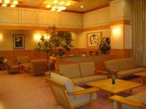 ホテル秘境の湯:広々としたロビーで一休み・・・