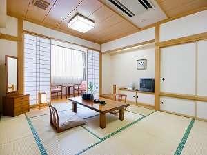 和室 趣の異なるお部屋づくりをしています