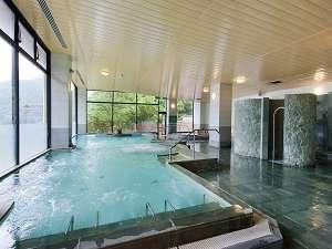大浴場も併設してます。塩サウナや打たせ湯など色々な楽しみ方がありますよ♪