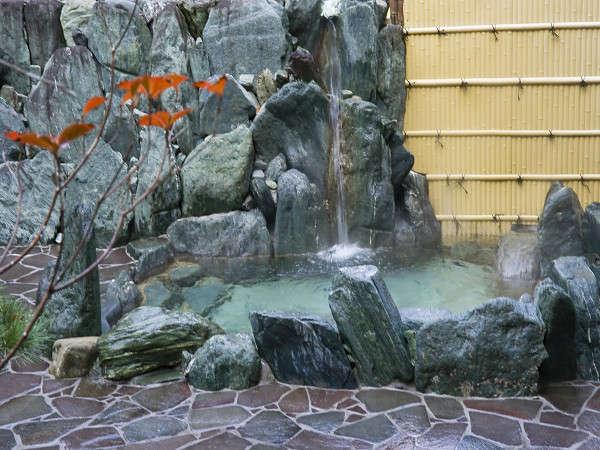 露天風呂こそ温泉の醍醐味♪