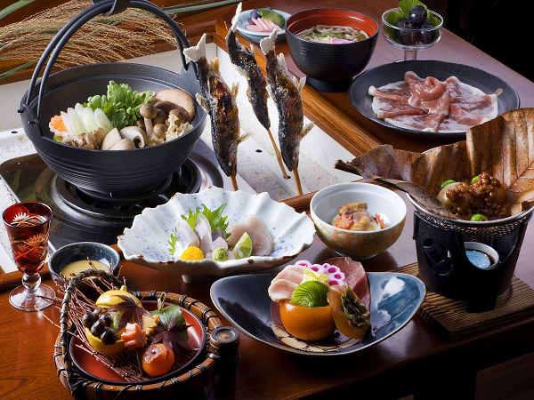 【秋】夕食は秋の食材をふんだんに使い、視覚、嗅覚、味覚など五感大満足♪