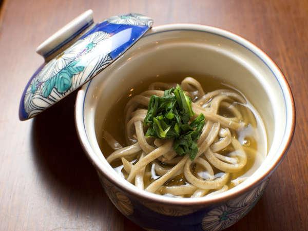 会席料理「祖谷そば」