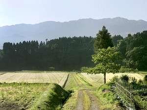【景観】見渡す限りの里山の風景に、忙しい日常を忘れ、何もしない時間を愉しんで下さい