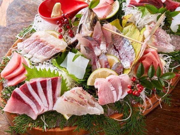 【地魚盛り】新鮮さが自慢!当館のお魚は市場からではなく、地元の漁師さんから直接しいれております。