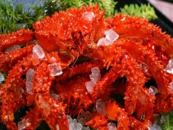 ◆【夕食】浜茹での花咲蟹は、産地のここでしか食べられない濃厚な味わいです(一例)
