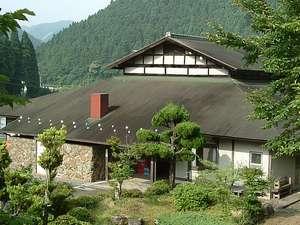 京都府和知青少年山の家の外観