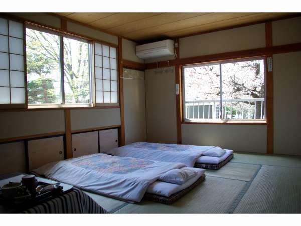 桜の頃の客室