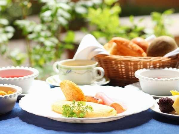 【スタンダード/朝食付】ふわとろオムレツと熱々パンとハーフバイキングでGood Morning♪