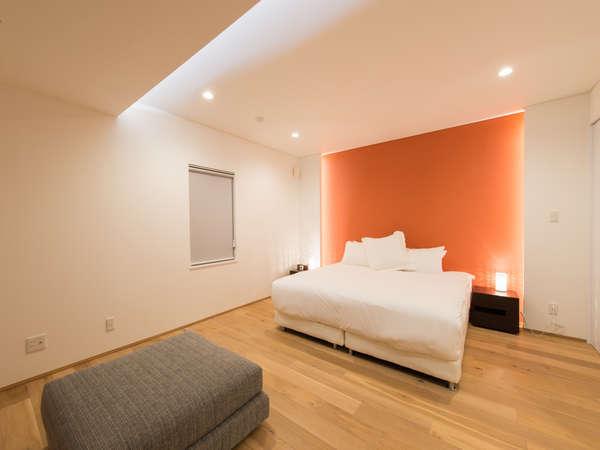 べッドルームも大変広々としていて、スペースを十分にご活用できます。