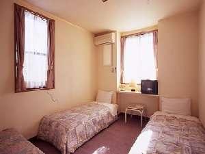 スタンダード部屋 トイレ・お風呂無し。3名様まで宿泊可能