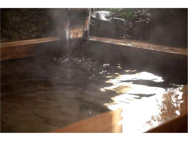【総檜露天風呂】トロリとした肌触りの温まりの名湯