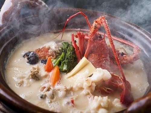 【熱海 ふふ 名物料理「海香鍋」を愉しむ】/自家源泉かけ流し露天風呂付