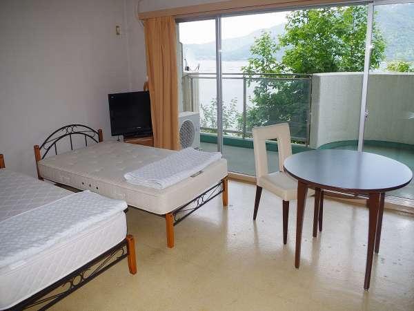 【ファミリーも安心!】40平米超の広々とした客室から、圧巻の瀬戸内の自然と宮島を満喫プラン
