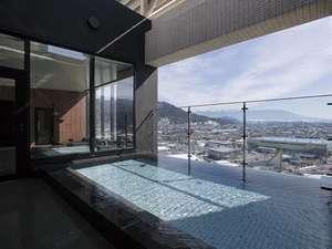 【訳あり2室限定!!アウトバス】バスタブないから空間広々♪お風呂はスパ利用で男性限定20%安!